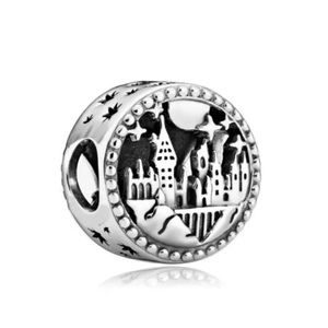 Harry Potter, Hogwarts School of Witchcarft Charm